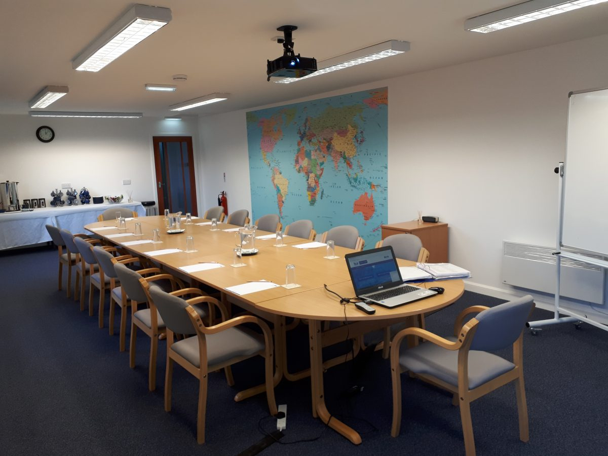 Training centre and meeting room for up to 14 people.  Ideal for small conferences and meetings where a central Scottish location is required.  Free car parking, Wi-Fi and refreshments.  Data projector and whiteboard.